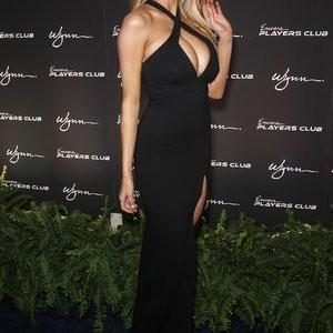 Best Celebrity Nude Charlotte McKinney 021 pic