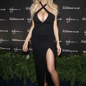 Leaked Celebrity Pic Charlotte McKinney 023 pic