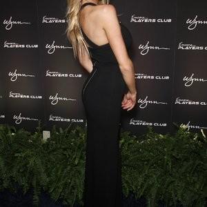 nude celebrities Charlotte McKinney 034 pic