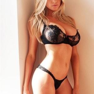 Charlotte McKinney Topless (21 Photos) – Leaked Nudes
