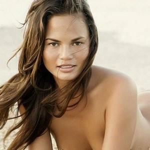 Chrissy Teigen Naked (9 Photos) - Leaked Nudes