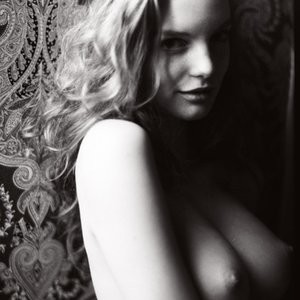 Clara Settje  nackt