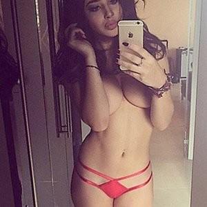 Free Nude Celeb Courtnie Quinlan 002 pic
