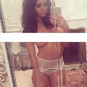 celeb nude Courtnie Quinlan 010 pic
