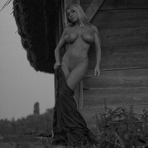 Nude Celebrity Picture Elina Svetlova 001 pic