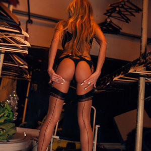 Famous Nude Elina Svetlova 002 pic
