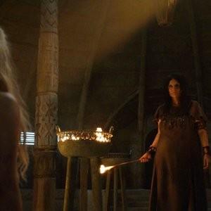 Emilia Clarke Nude – Game of Thrones (2016) s06e03 – HDTV 1080p - Leaked Nudes