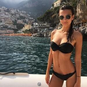 Emily Ratajkowski in a Bikini (4 Photos) – Leaked Nudes