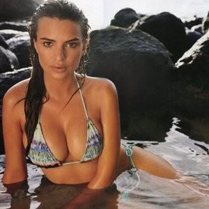 Leaked Celebrity Pic Emily Ratajkowski 002 pic