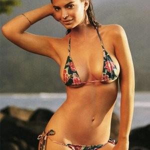 Leaked Celebrity Pic Emily Ratajkowski 004 pic