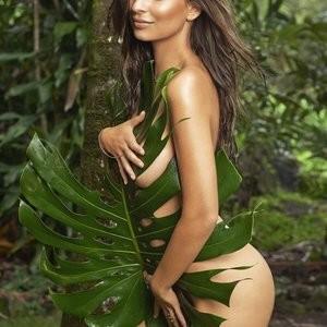 Nude Celeb Pic Emily Ratajkowski 012 pic