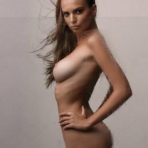 Emily Ratajkowski Naked (4 Photos) – Leaked Nudes