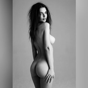 Emily Ratajkowski Naked (6 Photos) - Leaked Nudes