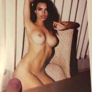 Leaked Emily Ratajkowski 002 pic