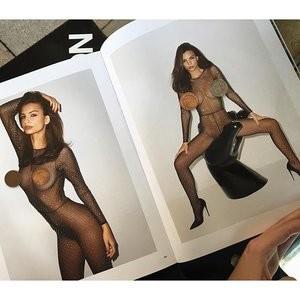 Emily Ratajkowski See Through (1 Photo) - Leaked Nudes