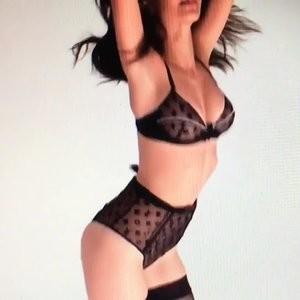 Celebrity Nude Pic Emily Ratajkowski 023 pic