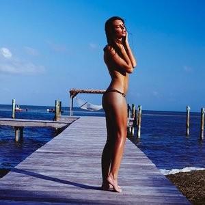 Emily Ratajkowski Sexy (17 Photos) – Leaked Nudes