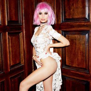 Celebrity Leaked Nude Photo Emily Ratajkowski 003 pic