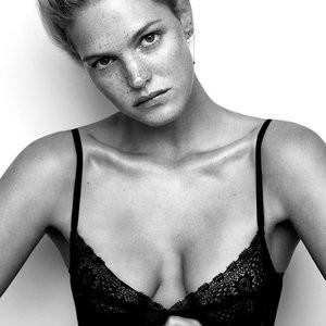 Celebrity Leaked Nude Photo Erin Heatherton 004 pic