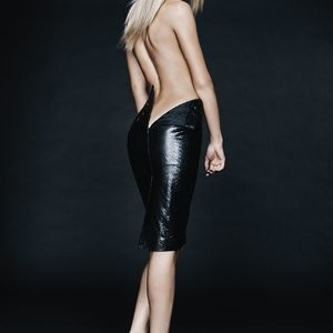 Celeb Nude Erin Heatherton 002 pic
