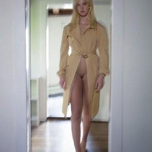 Best Celebrity Nude Erin Heatherton 002 pic