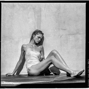 Eva Biechy Topless (13 Photos) - Leaked Nudes
