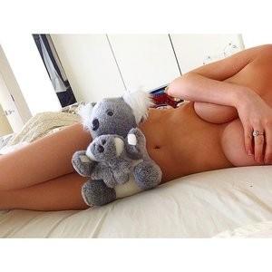 Gabi Grecko Topless (9 Photos) – Leaked Nudes
