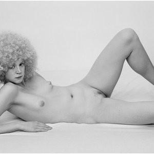 Free nude Celebrity Gwendoline Christie 007 pic