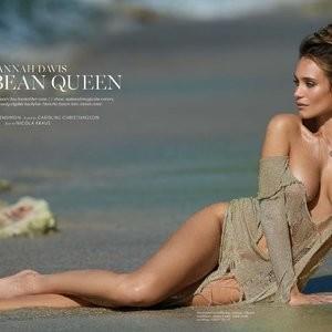 Famous Nude Hannah Davis 002 pic