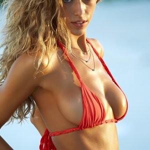 Celebrity Leaked Nude Photo Hannah Ferguson 004 pic
