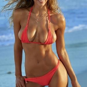 Nude Celeb Pic Hannah Ferguson 005 pic