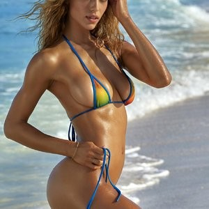 Best Celebrity Nude Hannah Ferguson 009 pic