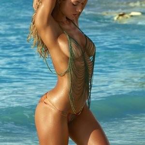 Free nude Celebrity Hannah Ferguson 019 pic