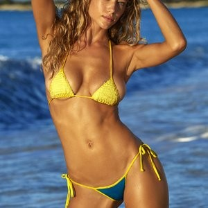 Celeb Nude Hannah Ferguson 031 pic