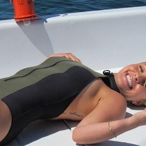 Best Celebrity Nude Hayden Panettiere 008 pic