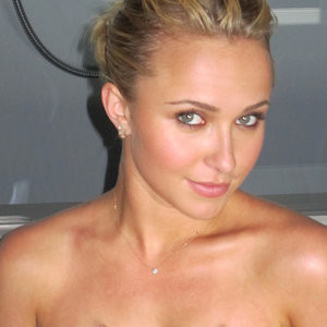 Celebrity Naked Hayden Panettiere 003 pic
