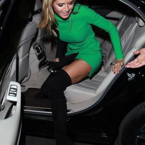 Heidi Klum Upskirt (5 Photos) – Leaked Nudes