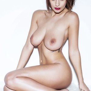 Holly Peers Nude (3 Photos) - Leaked Nudes