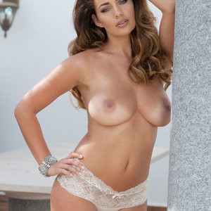 Holly Peers Topless (2 Photos) – Leaked Nudes