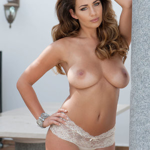 Holly Peers Topless (2 Photos) - Leaked Nudes