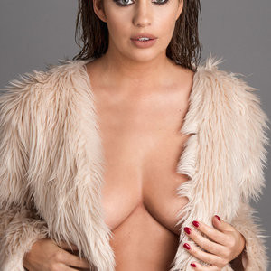 Holly Peers Topless (4 Hot Photos – Page3) - Leaked Nudes