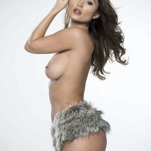 Celebrity Nude Pic India Reynolds 003 pic