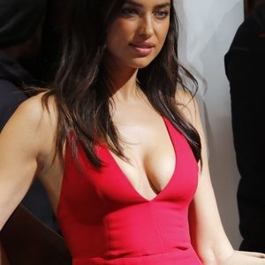 Irina Shayk Cleavage (2 Photos) – Leaked Nudes