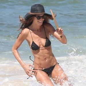 Izabel Goulart in a Bikini (38 Photos) – Leaked Nudes