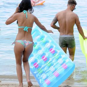 Famous Nude Jasmin Walia 006 pic