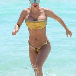 Famous Nude Jennifer Nicole Lee 007 pic