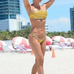 Celeb Nude Jennifer Nicole Lee 030 pic