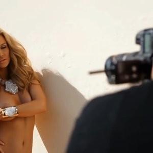 Free nude Celebrity Joanna Krupa 022 pic