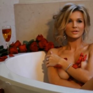 Free nude Celebrity Joanna Krupa 026 pic