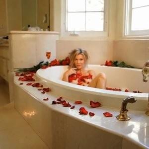 Nude Celebrity Picture Joanna Krupa 027 pic